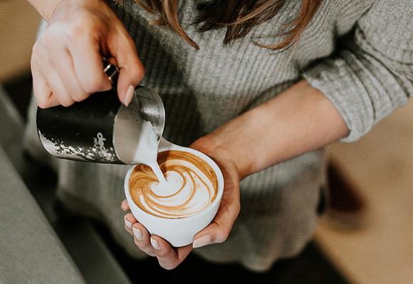 cafe-unsplash-580